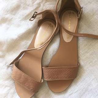 Glamour Puss Tan Sandals