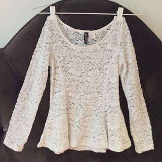H&M Floral lace top