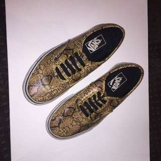 AUTHENTIC SNAKESKIN VANS