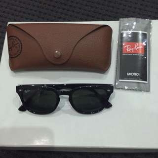 RayBan - Sunglasses