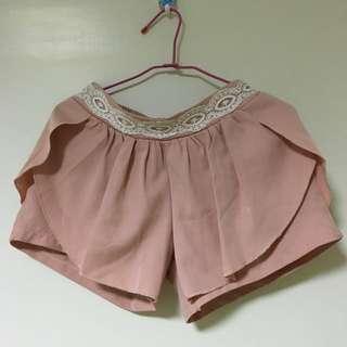 二手 粉紅蕾絲褲裙