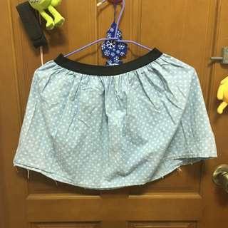 水玉點點短裙