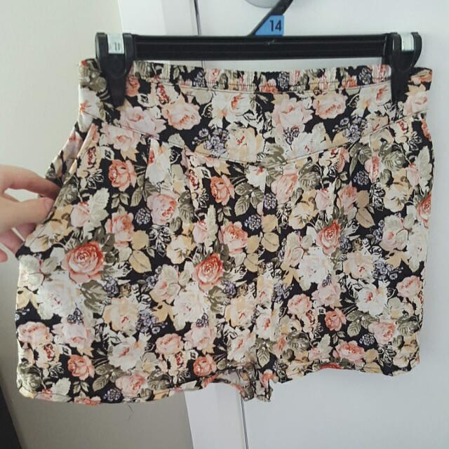 Floral High Waisted New Look Shorts