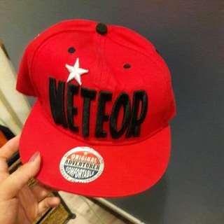 全新 紅色鴨舌帽
