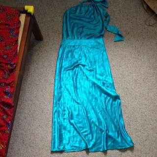Elegant Aqua Blue Evening Dress Size 6