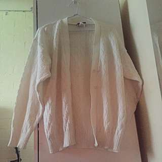 White Vintage Chunky Cardigan (baggy)