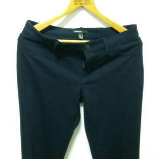 Mango深藍色彈性合身長褲