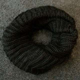Black Snood H&M Scarf