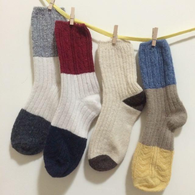 韓國帶回🇰🇷配色長襪共四款