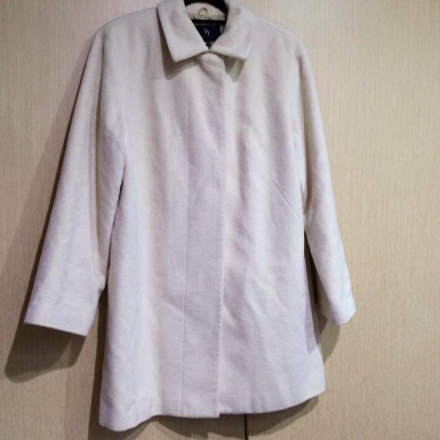 春季簡約輕薄象牙白羊毛大衣(含運)