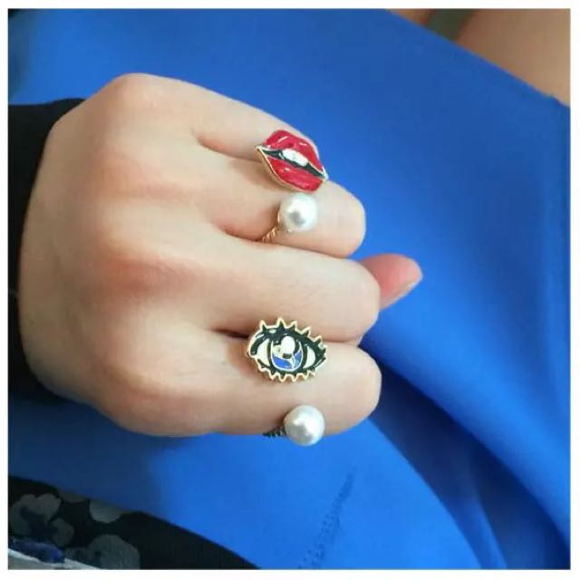 ☆Aly Look☆(現貨MM價)少女時代boa同款韓藝瑟HIGH CHEEKS同款紅唇睫毛鑽 戒指