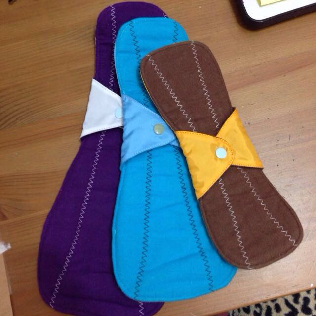 BRAND NEW [FREE SHIPPING] Cloth Pads.