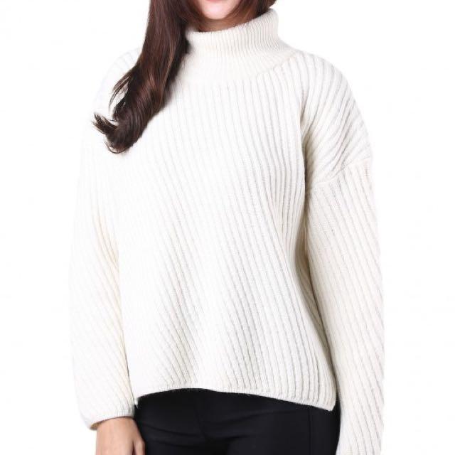 5cb055bb98  Brand New  MGP Sora Pullover Sweater in Cream