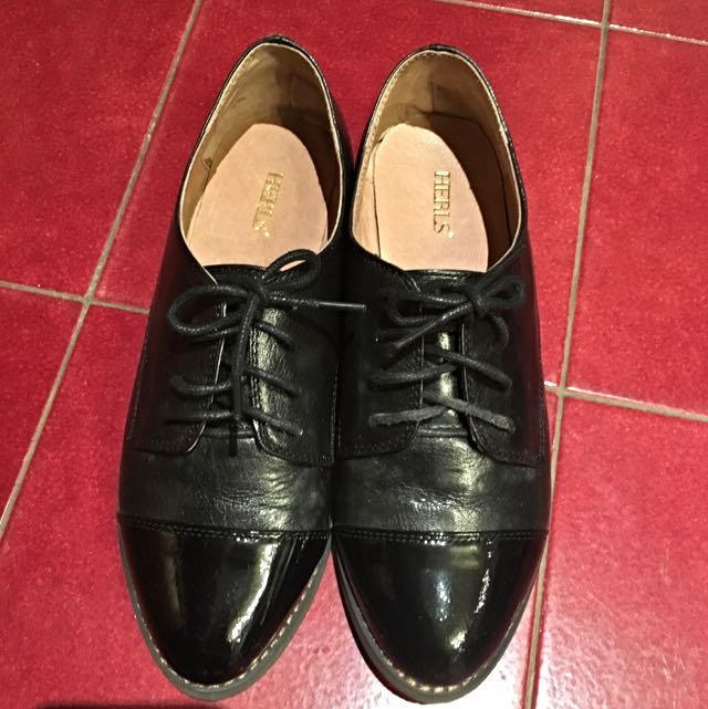 HERLS 羊皮牛津鞋 35號