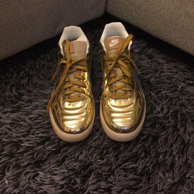 Nike 限量版鞋 Us10.5
