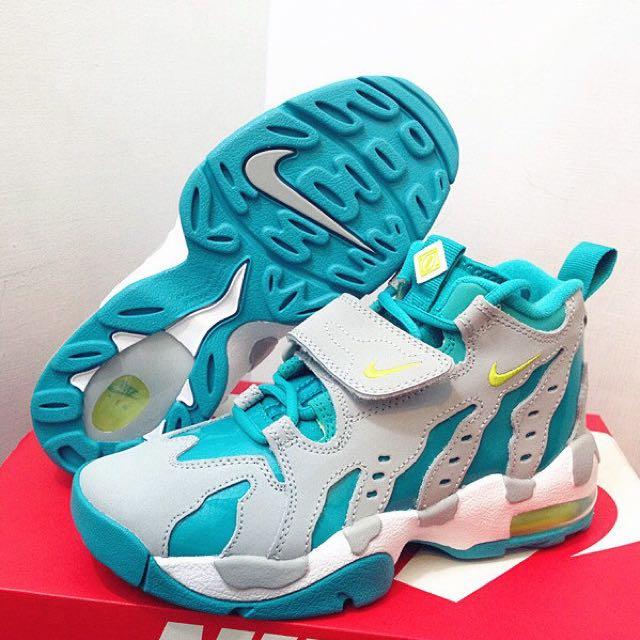 免運Nike Air DT Max 果綠 灰綠色