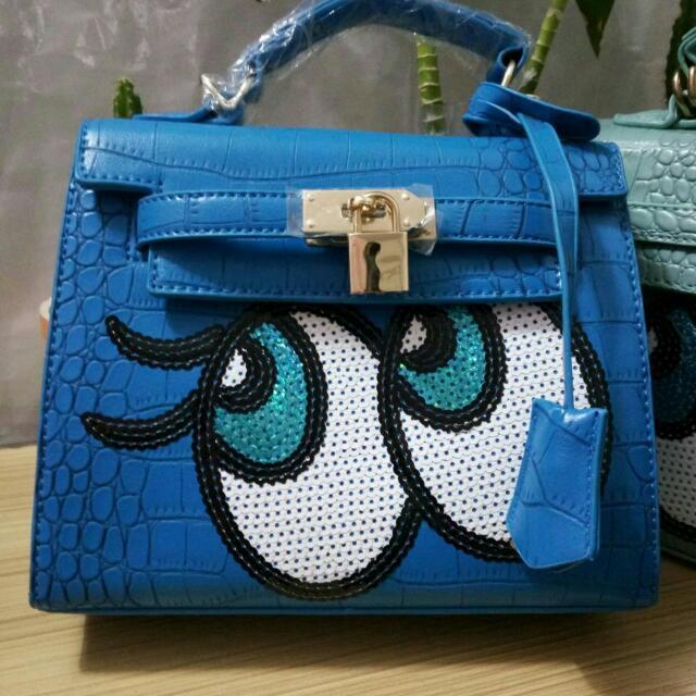 Shy Bag / Big Eye Bag