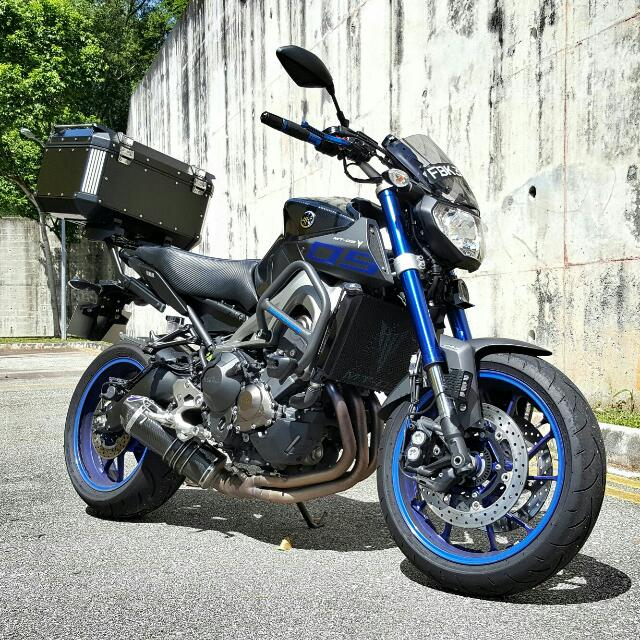 yamaha mt 09 abs race blue motorbikes on carousell. Black Bedroom Furniture Sets. Home Design Ideas