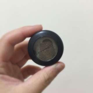 MAC全新單色眼影