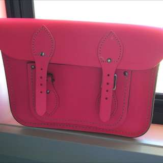 Cambridge Satchel In Fluoro 11'