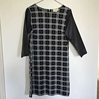 i.d.s Long Sleeve Dress - Size 6