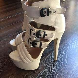 Stilettos White