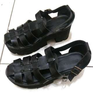 日系羅馬鞋39號