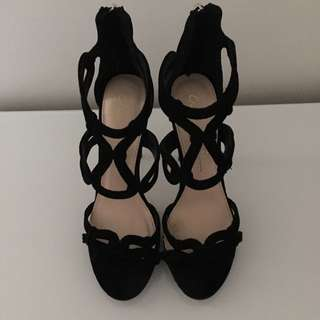 WANTED SHOES Black Heels