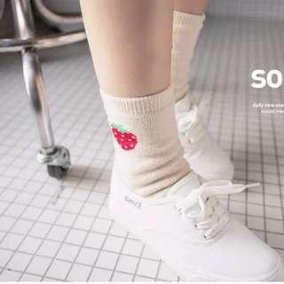 ✨全新韓國草莓長襪
