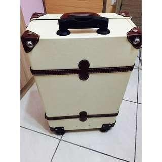 (二手)24吋行李箱