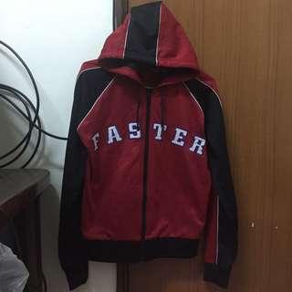 九成新✨ZARA 紅色運動外套