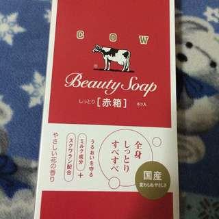 日本牛乳石鹼 玫瑰保濕型肥皂 一皂洗全身