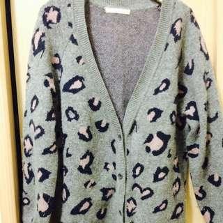 正韓 粉紅豹羊毛針織罩衫(二手)