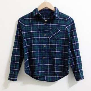 深綠格紋單口袋襯衫
