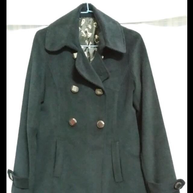 深藍毛尼大衣75CM 150元
