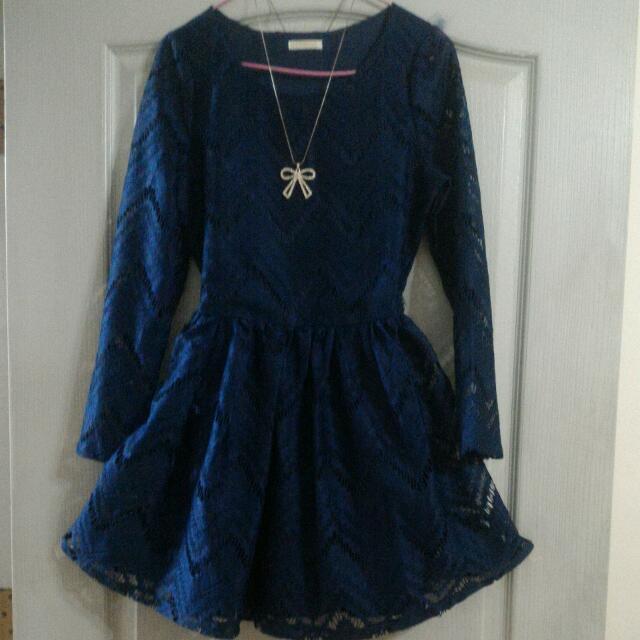 (降價)深藍蕾絲透膚洋裝