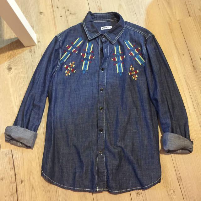 民族風刺繡單寧牛仔襯衫