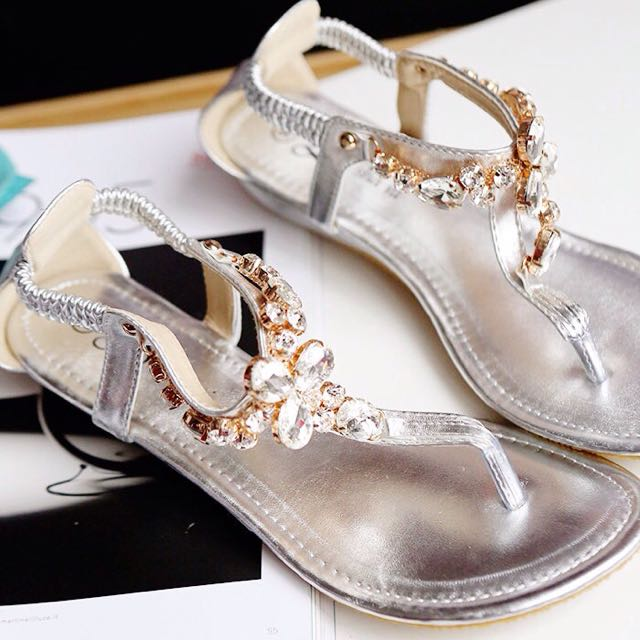 「預購」亮色水鑽夾腳涼鞋