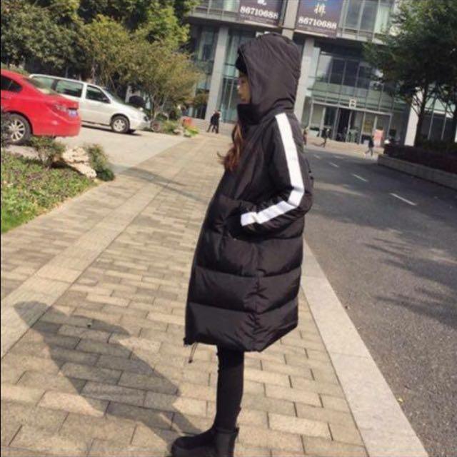 【降價】黑色連帽羽絨外套