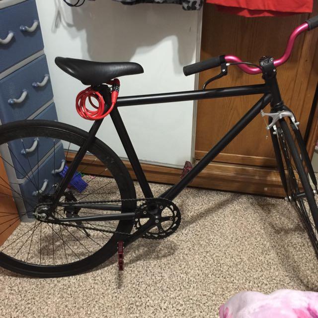 單車方程式 單速車 踩煞 把手踏板更換過 加煞車立架 附密碼鎖