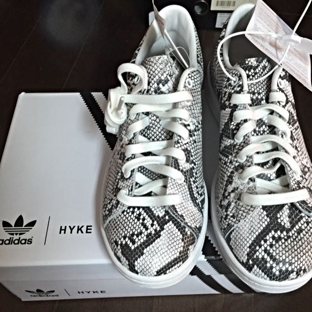 adidas HYKE Originals Haillet Sneakers