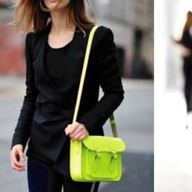 Cambridge Satchel 11' In Fluoro