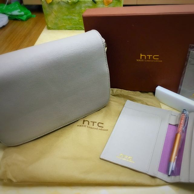 HTC 皮件禮盒