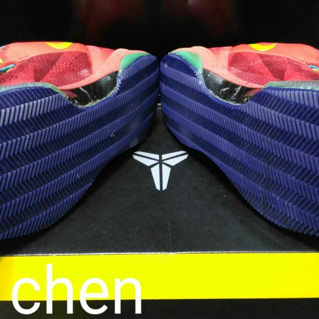 專修Kobe 8鞋底籃球鞋