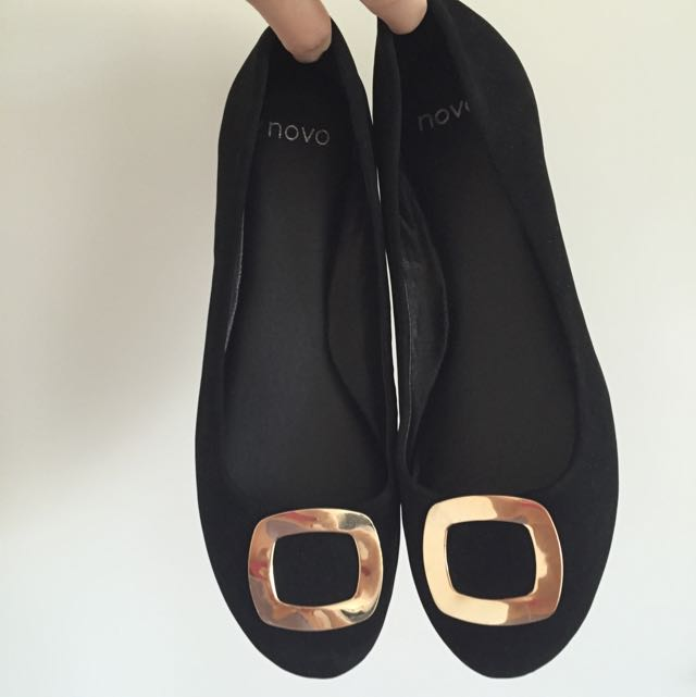novo Black Luxury Flats Size 8