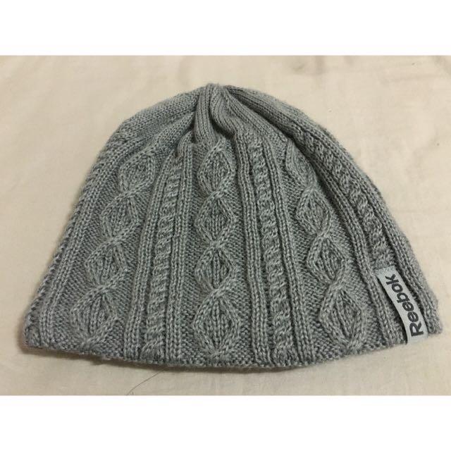Reebok 毛帽