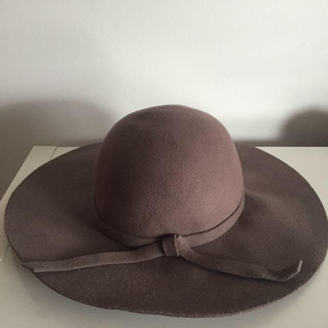 SPORTSGIRL Musk Floppy Hat