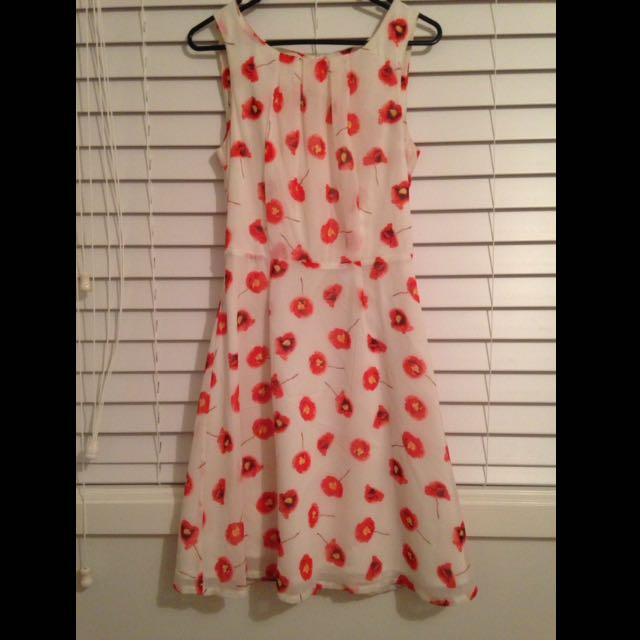 White Red Floral Waisted Dress With Pleats