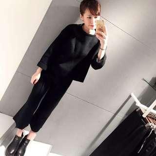 Whatever you want 黑色針織套裝 上衣+褲子一套賣