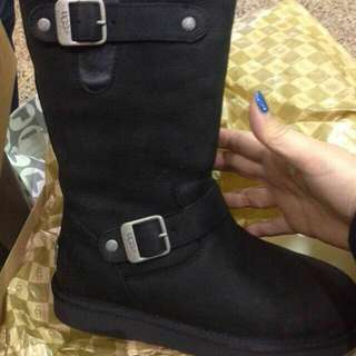 UGG Ladies Sutter Boots